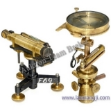 测量工具 (Surveying Instruments)
